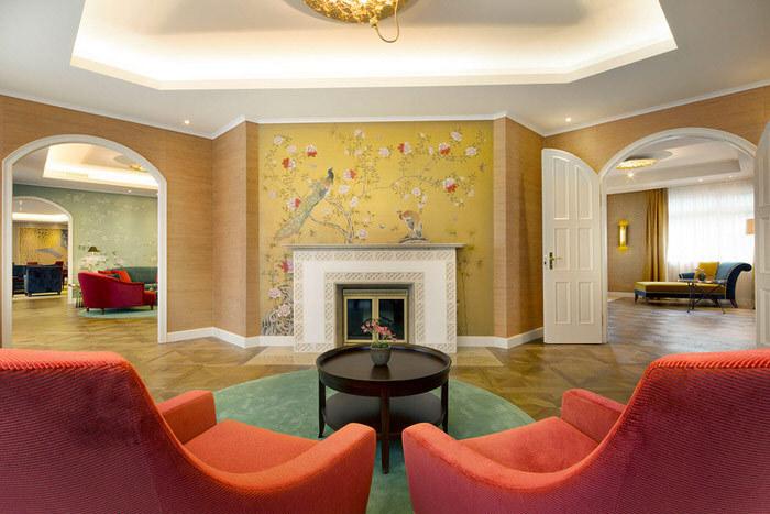 Carta e tessuti da parati: la nuova tendenza dell'interior design